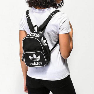 アディダス(adidas)のAdidasSANTIAGO MINI BACKPACK  リュックサック(リュック/バックパック)