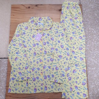 サンリオ(サンリオ)の新品タグ付き 黄色 マイメロディ パジャマ(パジャマ)