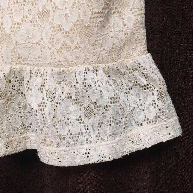しまむら(シマムラ)の総レースペプラムフリルトップス レディースのトップス(カットソー(半袖/袖なし))の商品写真