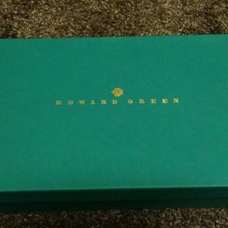 エドワードグリーン(EDWARD GREEN)のエドワード・グリーンの箱(チェルシー61/2)(ドレス/ビジネス)