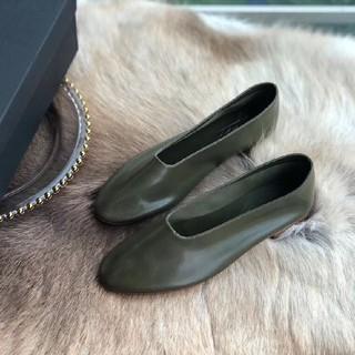 トゥモローランド(TOMORROWLAND)のマルティニアーノ フラットパンプス バレエシューズ(ローファー/革靴)