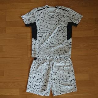 ジーユー(GU)の美品 GU SPORTS ジーユー  セットアップ 上下セット Tシャツ  (ウェア)