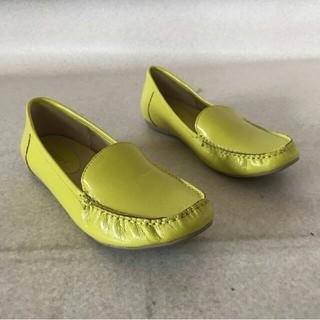 良品 BENEBIS ベネビス エナメル ローファードライビングシューズ 25㎝(ローファー/革靴)
