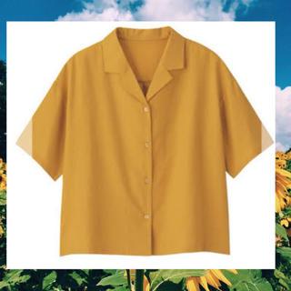 ジーユー(GU)のGU リネン オープンカラーシャツ ブラウス イエロー(シャツ/ブラウス(半袖/袖なし))