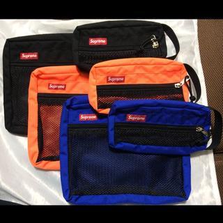 シュプリーム(Supreme)のSupreme Mesh Organizer Bags 15ss ブルー(セカンドバッグ/クラッチバッグ)