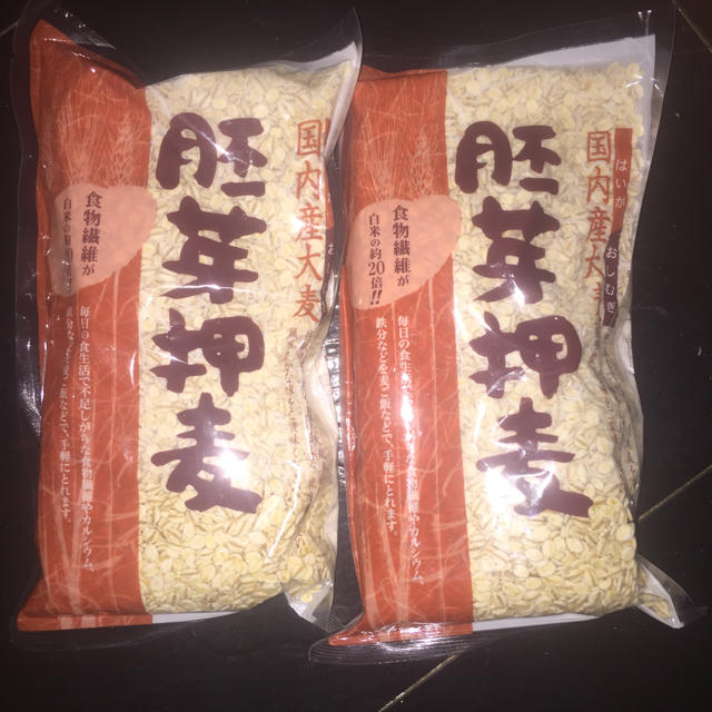 胚芽押麦 700g 食品/飲料/酒の食品(米/穀物)の商品写真