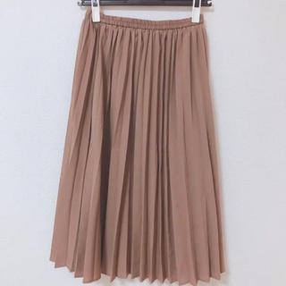 ジーユー(GU)のGU プリーツスカート (ひざ丈スカート)