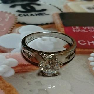シャネル(CHANEL)の17号 キュービックダイアモンドホワイトクロスリング(リング(指輪))