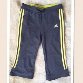 アディダス(adidas)のアディダス スポーツウェアパンツ(ハーフパンツ)