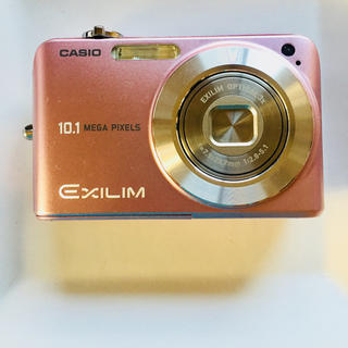 カシオ(CASIO)のCASIO  カメラ(コンパクトデジタルカメラ)