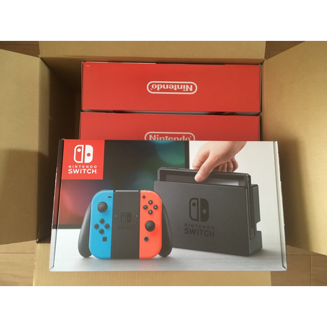 Nintendo Switch(ニンテンドースイッチ)の【新品未開封】任天堂 Switch 本体 3台セット エンタメ/ホビーのテレビゲーム(家庭用ゲーム本体)の商品写真