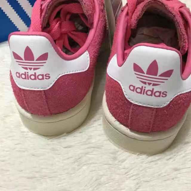 adidas(アディダス)の23.5 新品 アディダス オリジナルス キャンパス スニーカー   レディースの靴/シューズ(スニーカー)の商品写真