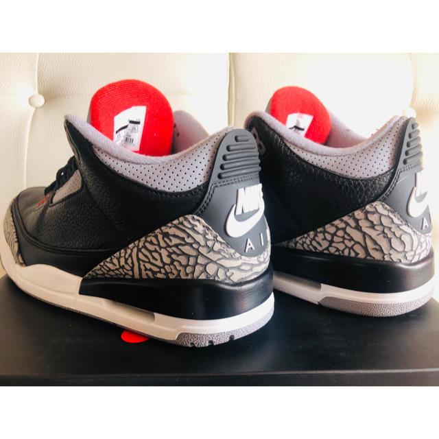 "NIKE(ナイキ)のAir Jordan 3 OG ""Black Cement""  メンズの靴/シューズ(スニーカー)の商品写真"