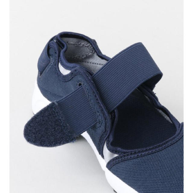 NIKE(ナイキ)の新品 * ナイキ リフト 17cm キッズ/ベビー/マタニティのキッズ靴/シューズ (15cm~)(スニーカー)の商品写真