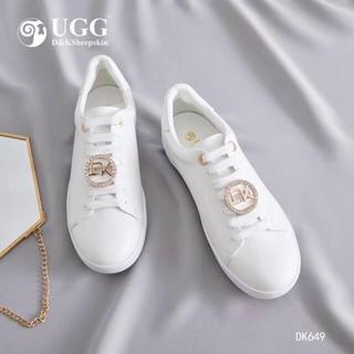 アグ(UGG)の2019年新発売美品オーストラリアDK645(ローファー/革靴)