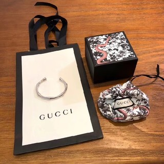 グッチ(Gucci)のGucci 男女兼用 バングル シルバー(バングル/リストバンド)