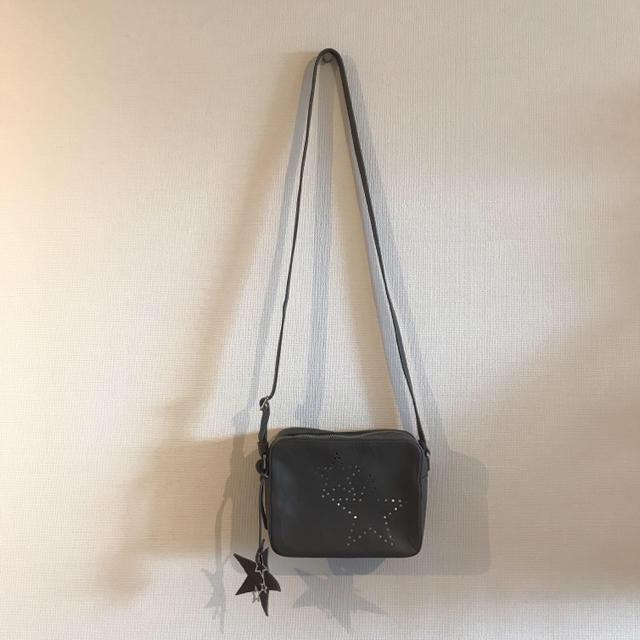 PAPILLONNER(パピヨネ)のGIORGIA MILANI 星 ショルダー 美品 レディースのバッグ(ショルダーバッグ)の商品写真