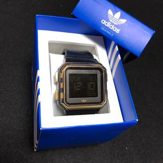 adidas - adidas デジタル腕時計
