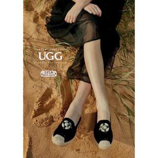 アグ(UGG)の2019年新発売美品 UGG OZWEAR OB428  ハニービーローファー (ローファー/革靴)