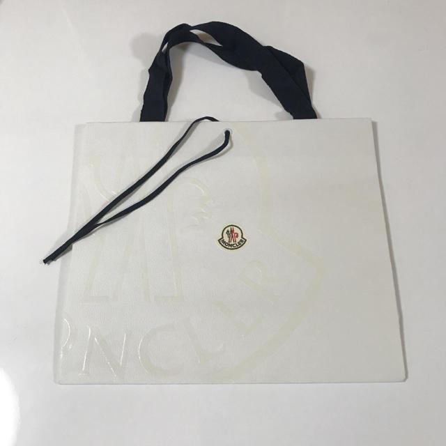 MONCLER(モンクレール)の MONCLER モンクレール ショップ袋 ショッパー Mサイズ レディースのバッグ(ショップ袋)の商品写真