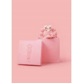 メディコムトイ(MEDICOM TOY)の限定特価【世界限定3000体】KAWS BFF Plush pink(ぬいぐるみ)