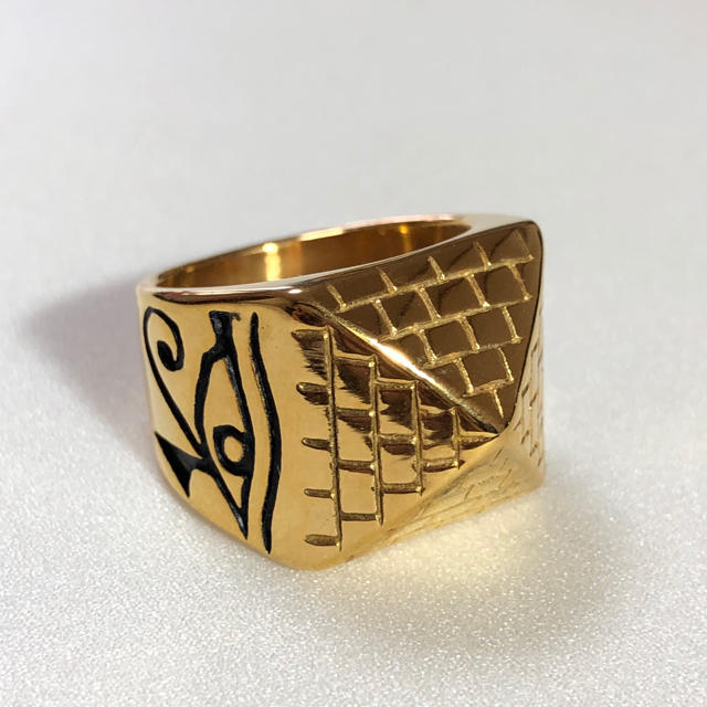 ピラミッド リング 指輪 ゴールド メンズのアクセサリー(リング(指輪))の商品写真