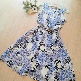 LAURA ASHLEY - 美品♡ローラアシュレイ 紫陽花と薔薇 ワンピース
