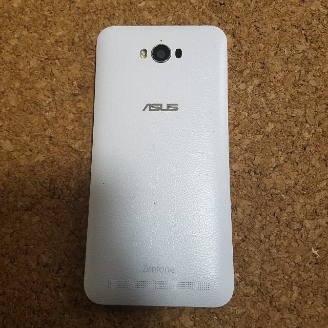 ASUS(エイスース)のASUS zenfonemax中古 スマホ/家電/カメラのスマートフォン/携帯電話(スマートフォン本体)の商品写真
