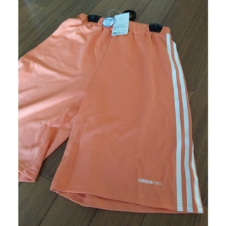 アディダス(adidas)のハーフパンツ L タグ付き adidas ペールオレンジ(ウェア)