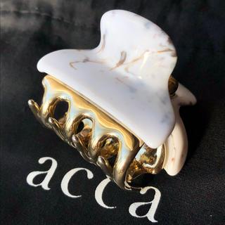 アッカ(acca)のacca ヘアクリップ 小サイズ バービー 白系マーブル(バレッタ/ヘアクリップ)