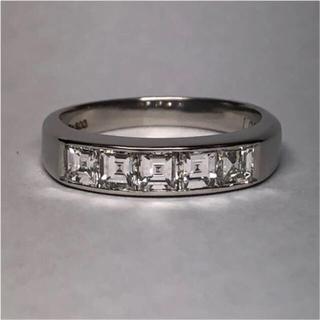 PT900 1ct.アップのスクエアカット ダイヤモンドリング【15号】(リング(指輪))