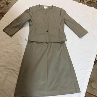 ジユウク(自由区)の自由区40 ベージュスーツ セットアップ 春夏物 七分袖(スーツ)
