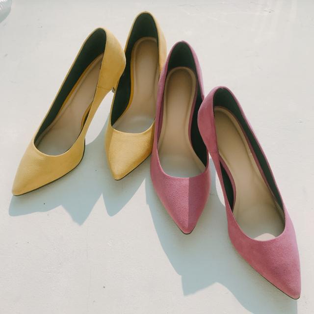 GU(ジーユー)の【美品】GU マシュマロパンプス 2色セット レディースの靴/シューズ(ハイヒール/パンプス)の商品写真