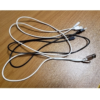 USBケーブル 【ジャンク品】(バッテリー/充電器)