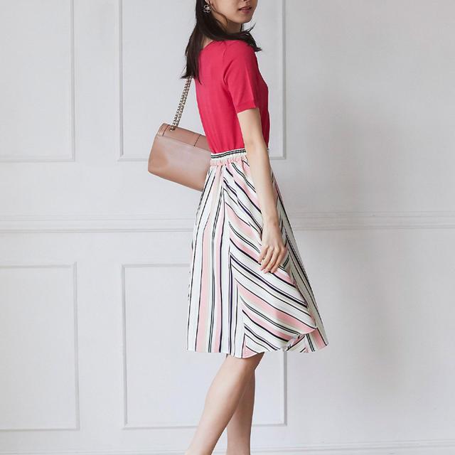 tocco(トッコ)の女のコを特別な気分にしてくれるマルチストライプフレアスカート レディースのスカート(ひざ丈スカート)の商品写真