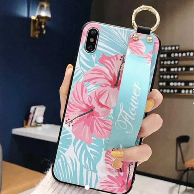 iphone x ケース miumiu - iPhone XR シリコンケース ハイビスカス柄 jGの通販 by モッティ's shop|ラクマ