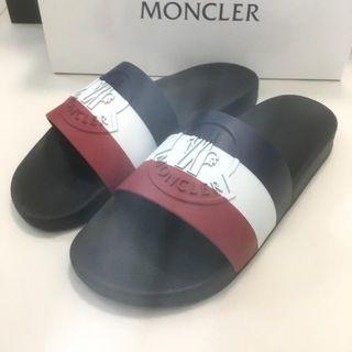 モンクレール(MONCLER)の新品未使用!送料込み★MONCLER★3Dロゴマークラバーサンダル(サンダル)