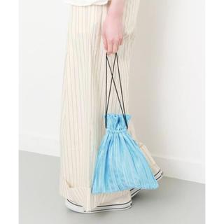 ケービーエフ(KBF)のKBF アーバンリサーチ プリーツ巾着BAG ライトブルー(ハンドバッグ)