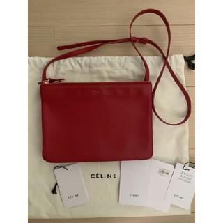 021911f8c6f2 セリーヌ(celine)のセリーヌ トリオ ラージ レッド 美品(ショルダーバッグ)