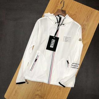 モンクレール(MONCLER)のMONCLER×FRAGMENTジャケット/薄い生地/白い(ブルゾン)