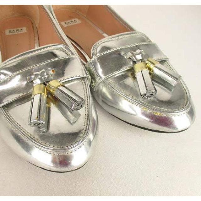 ZARA(ザラ)の最終価格‼️本日午前中全品停止‼️新品ZARA🌷シルバー🌷 レディースの靴/シューズ(ローファー/革靴)の商品写真