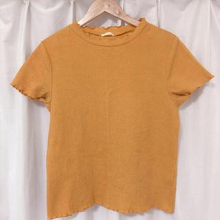 ジーユー(GU)の【gu】 ジャカードフリルネックT イエロー(Tシャツ(半袖/袖なし))