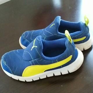 プーマ(PUMA)の運動靴 シューズ(スニーカー)