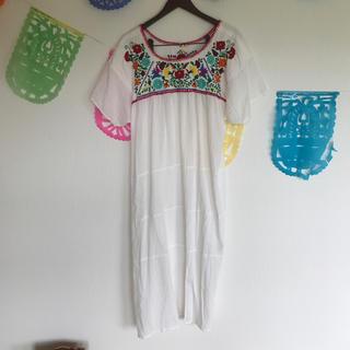 チチカカ(titicaca)のチチカカ 刺繍ワンピース(ロングワンピース/マキシワンピース)
