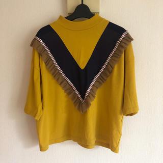 リベットアンドサージ(rivet & surge)の黄色 tシャツ フリル(Tシャツ(半袖/袖なし))