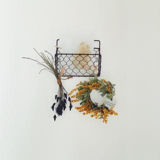 ラベンダースワッグとミモザリースのレターラック壁飾り(ドライフラワー)