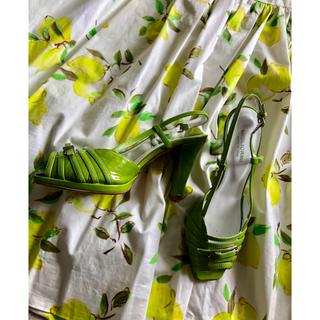 アッシュペーフランス(H.P.FRANCE)の新品 アッシュペーフランス  サンダル MIGLIORINI 緑色 パンプス(ハイヒール/パンプス)