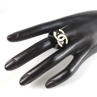 シャネル(CHANEL)の美品 シャネル ココマーク ブラック アイボリー リング UI44(リング(指輪))