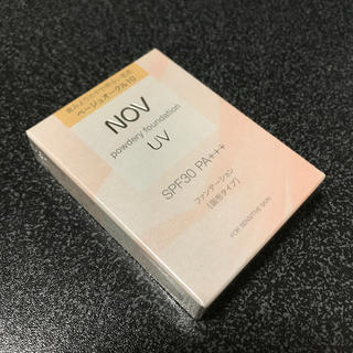 ノブ(NOV)のベージュオークル10 NOV パウダリーファンデーション(ファンデーション)