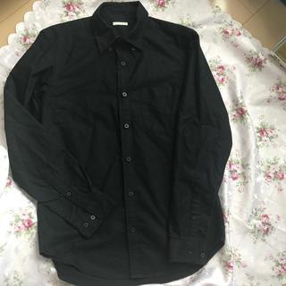 ジーユー(GU)のGU ブラックシャツ(シャツ)